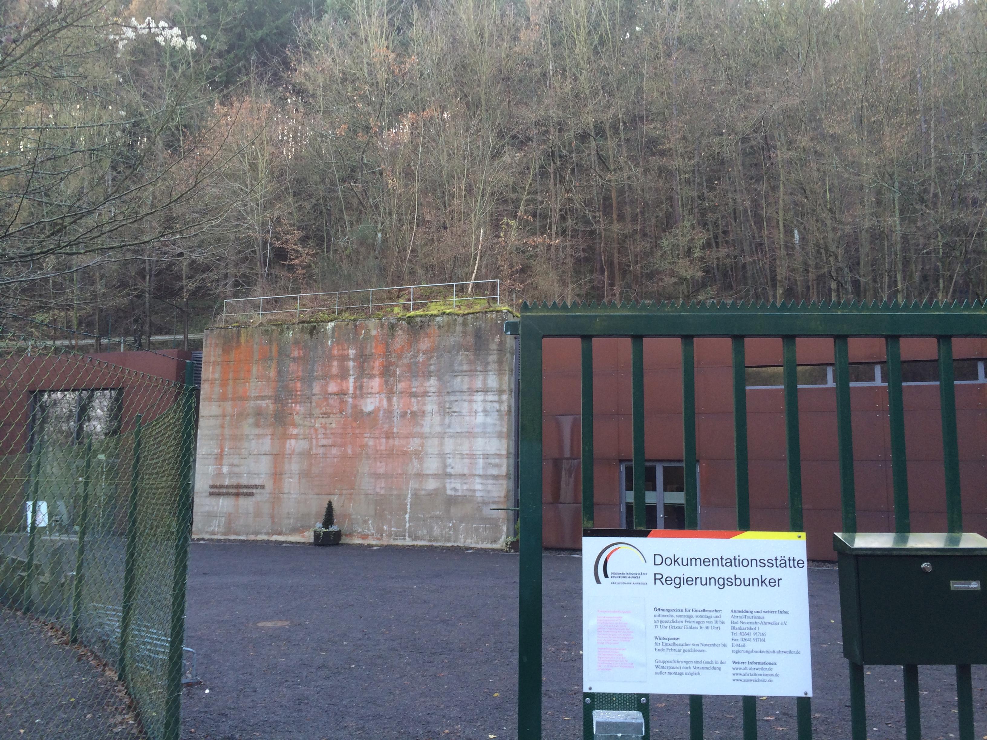Eingang der Dokumentationsstätte Regierungsbunker
